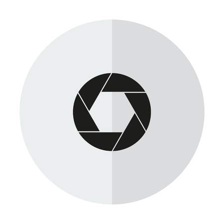 Aperture, camera lens symbol on a transparent background Vectores