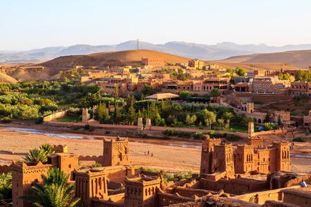 모로코 아틀라스 산맥에있는 Kasbah Ait Ben Haddou 스톡 콘텐츠