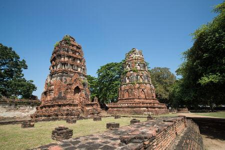 ayuthaya: stupa in ayuthaya thailand