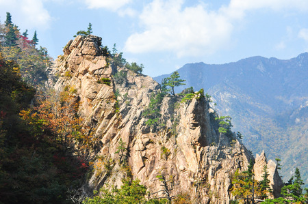 Mountain landscape of Seoraksan National Park, South Korea Standard-Bild