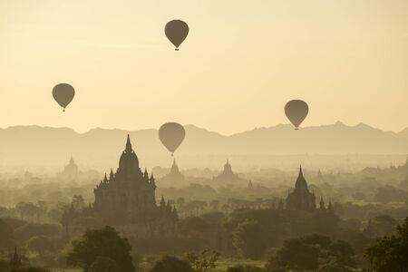 fascinate: temples in Bagan, Myanmar