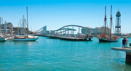 mar: Rambla de Mar bridge, Barcelona