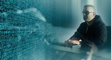 Cyberaanval in cyberspace Stockfoto