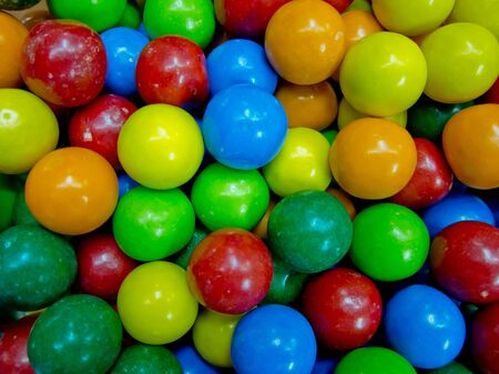 attraktion: Colorful background of assorted Gumballs