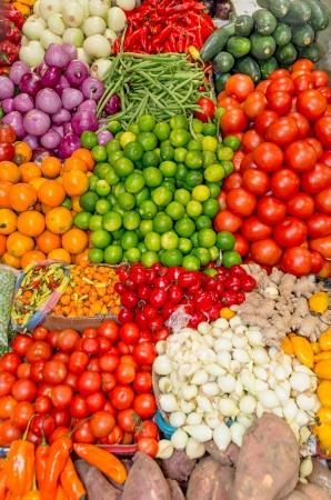 Fresh and organic vegetables at farmers market Standard-Bild