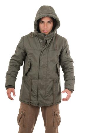 homme hispanique portant la veste à capuche et isolé sur blanc Banque d'images
