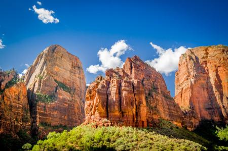 놀라운 풍경 세 족장시 온 국립 공원 푸른 하늘
