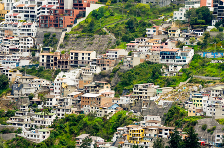settlements: Housing settlements in mountainside in Guappolo, Quito