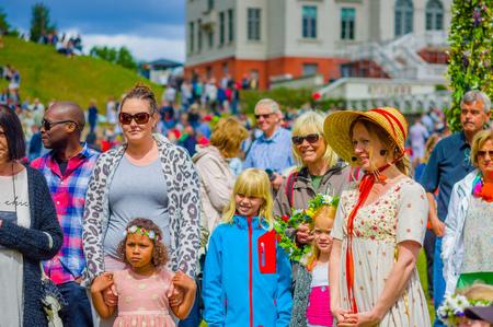 gunnebo: GOTHENBURG, SWEDEN - JUNE 19, 2015: Theatrical performance during Midsummer celebration in Gunnebo Castle