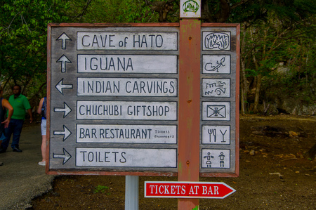 2 november: HATO, CURACAO - 2 NOVEMBER, 2015: Hato Caves are show caves and A popular tourist attraction on the Caribbean island Editorial