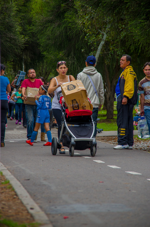 fema: Quito, Ecuador - April,17, 2016: Unidentified citizens of Quito donating disaster relief items, food, clothes, medicine and water for earthquake survivors in the coast.