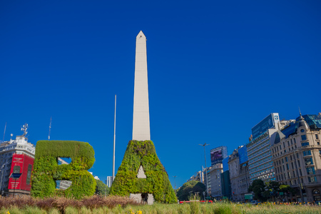 obelisco: BUENOS AIRES, ARGENTINA - MAY 02, 2016: Historical monument of the city of buenos aires called: el obelisco, builded in 1936 commemorating the 400 years of fundation of the city. Editorial