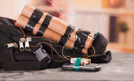 Close up shot of improvised explosive device bomb Archivio Fotografico