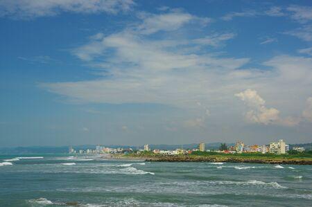 pessoas: Beautiful coast at Same beach in atacamas, Ecuador
