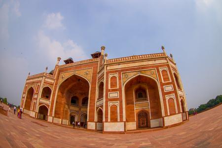 DELHI, INDIA - SEPTEMBER 19, 2017: Close up of Humayun s Tomb, Delhi, India. Stock fotó - 88009571