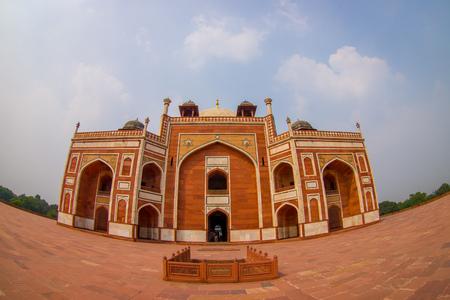 DELHI, INDIA - SEPTEMBER 19, 2017: Humayun s Tomb, Delhi, India.  the tomb of the Mughal Emperor Humayun, fish eye effect Sajtókép