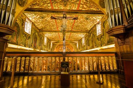 QUITO, ECUADOR - OCTOBER 23, 2017: Interior view of the Church and Convent of Saint Francis in Quito, Ecuador Éditoriale