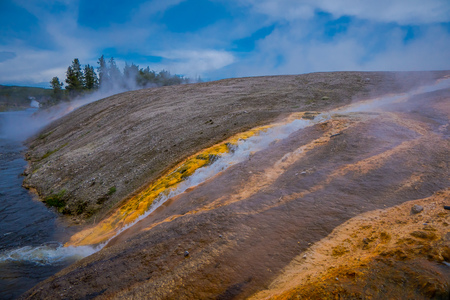 Grand Prismatic Spring, Midway Geyser Basin, Yellowstone National Park, USA Stock Photo
