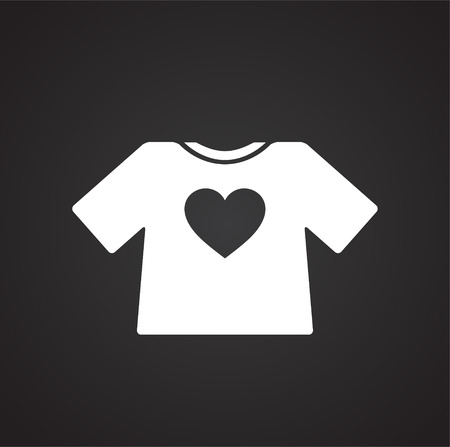 Heart t-shirt icon on black background for graphic and web design, Modern simple vector sign. Internet concept. Trendy symbol for website design web button or mobile app Vectores