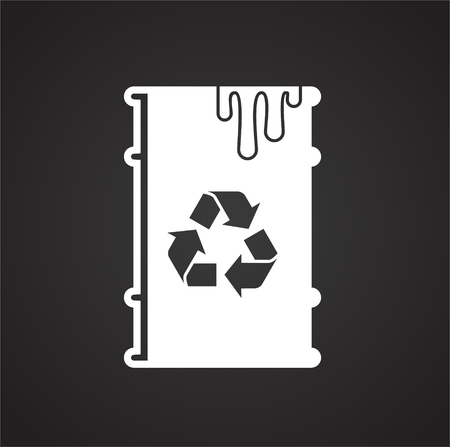 Garbage related icon on background for graphic and web design. Simple illustration. Internet concept symbol for website button or mobile app. Vettoriali