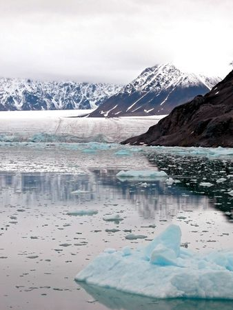 Arctic Bay, Glaciers and Mountains of Spitsbergen           photo