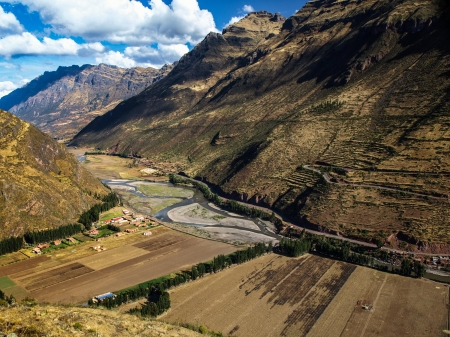 urubamba valley: Urubamba valley near Pisac (Peru)
