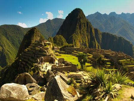 マチュピチュの美しいビュー遺跡の晴れた日 (ペルー)