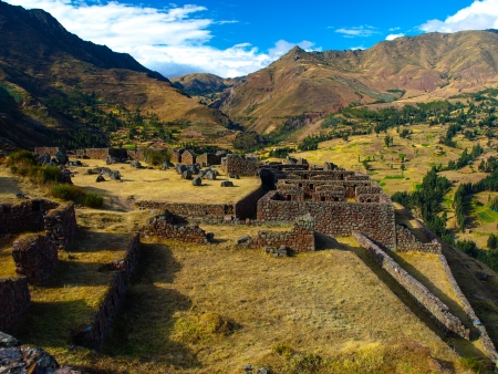 pre columbian: Inca ruins of Pisaq in Urubamba valley (Peru)