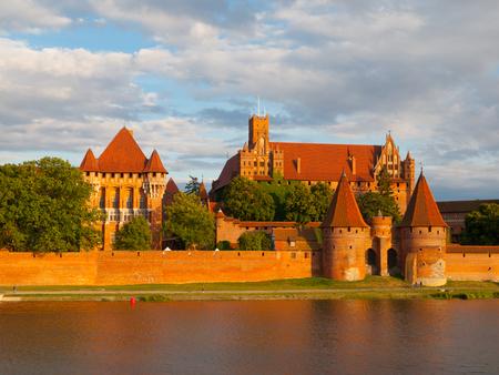teutonic: Castello teutonico a Malbork (Marienburg) in Pomerania (Polonia) Editoriali