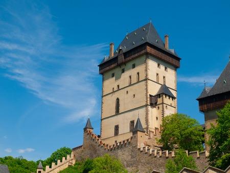 gothic castle: Gran Torre de Kalstejn Castillo Real, castillo g�tico en Bohemia Central, Rep�blica Checa