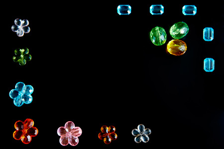 costume jewelry on black background, reflection 免版税图像