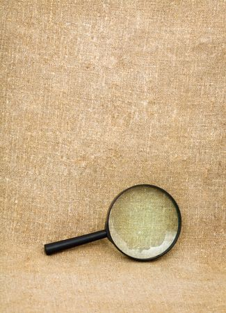 The magnifying glass on the sacking