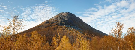 extinct: Large ancient extinct volcano
