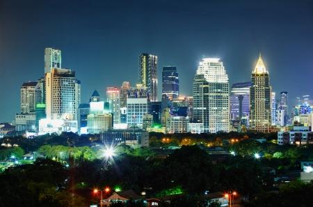 the center of the city: Panorama de la ciudad por la noche. Tailandia, Bangkok, el centro.