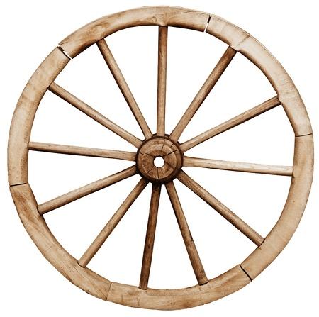 carreta madera: Gran rueda vendimia telega rústico aislado en el fondo blanco
