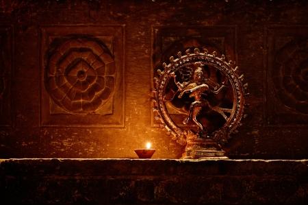 춤추는 시바의 조상입니다. 인도, 우다이 푸르 스톡 콘텐츠 - 21398807