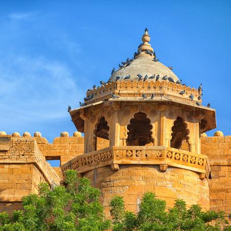 Jaisalmer, Rajasthan, India. Tower on the walls of the Royal Palace Stock Photo