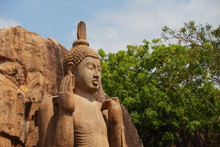 The Avukana statue is a standing statue of the Buddha. Sri Lanka. Horizontal shot Standard-Bild - 90655552