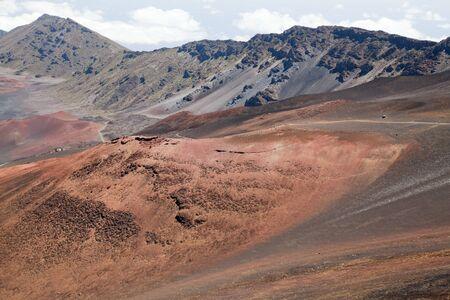 Rosa Hügel in Haleakala National Park, Maui, Hawaii. Standard-Bild - 39488938