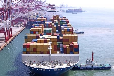 space ship: China Qingdao Port Container Terminal Stock Photo