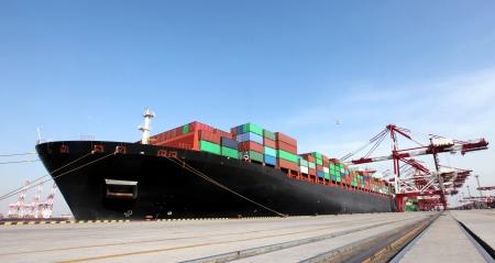중국 청도항 컨테이너 터미널, 세계 스톡 콘텐츠