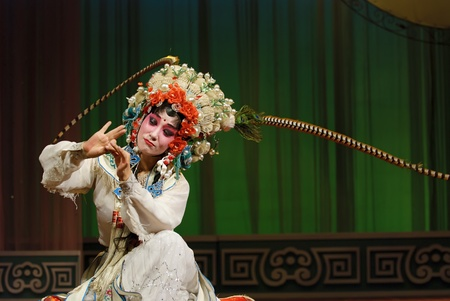 pretty chinese opera actress Stock Photo - 8471000