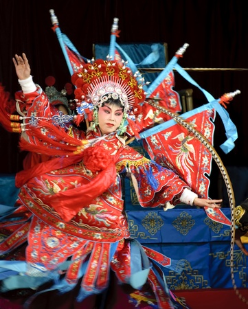 traditional custom: pretty chinese opera actress