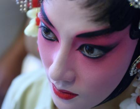 chinese opera: pretty chinese opera actress