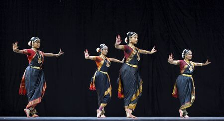 CHENGDU, CHINA - OCT 24,2010: Indian Dancers perform folk dance at JINCHENG theater during the festival of India in china.Oct 24,2010 in Chengdu, China. Stock Photo - 9308789