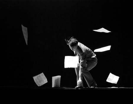 rui: CHENGDU - DEC 9: chinese dancer performs modern dance Poem of long river at JINCHENG theater in the 7th national dance competition of china.Dec 9,2007 in Chengdu, China. Choreographer: Xiao Xiangrong, Chang Xiaoni, Cast: Sun Rui Editorial