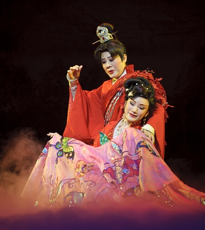 CHENGDU - MAY 31: chinese Yue opera performer make a show on stage to compete for awards in 25th Chinese Drama Plum Blossom Award competition at Experimental theater.May 31, 2011 in Chengdu, China. Chinese Drama Plum Blossom Award is the highest theatrica