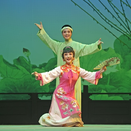 yue opera: CHENGDU - JUN 3: chinese Yue opera performer make a show on stage to compete for awards in 25th Chinese Drama Plum Blossom Award competition at Experimental theater.Jun 3, 2011 in Chengdu, China. Chinese Drama Plum Blossom Award is the highest theatrical  Editorial