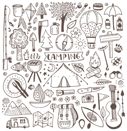 Camping Doodle Set. Vector Skizze Abbildung. Reisen und Camping-Artikel.
