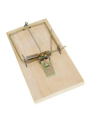 mousetrap: Base semplice trappola per topi.  Isolato su sfondo bianco.